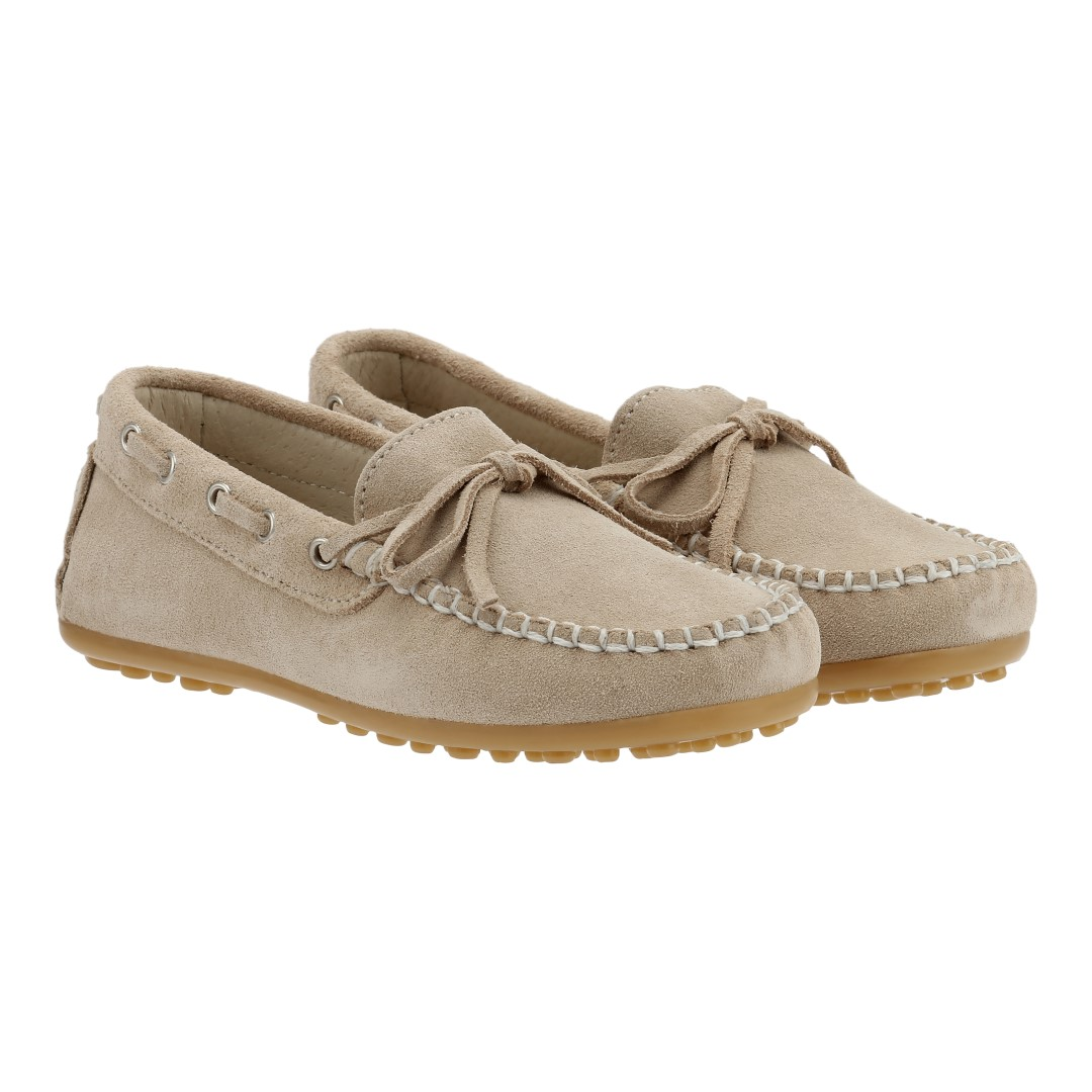 Boat shoes in beige suede